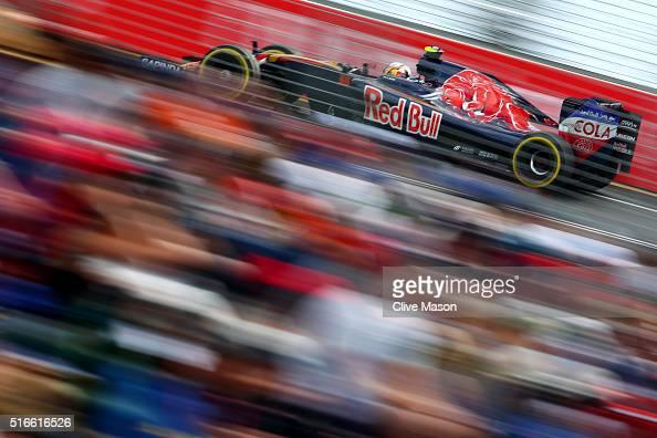 Carlos Sainz of Spain drives the 5 Scuderia Toro Rosso STR11 Ferrari 059/5 turbo during the Australian Formula One Grand Prix at Albert Park on March...