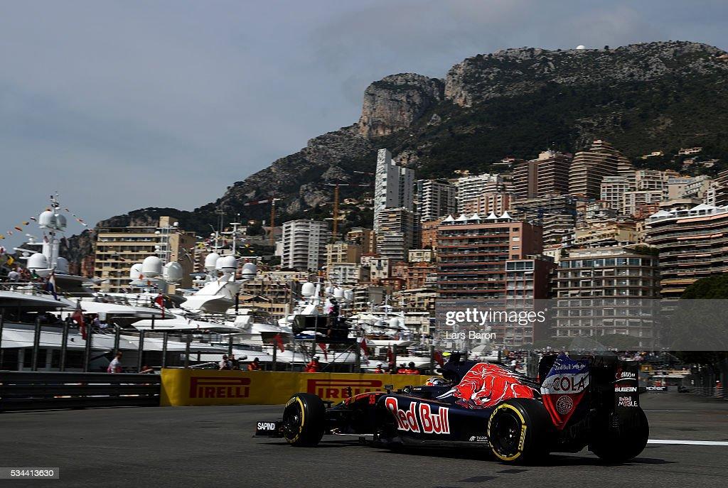 Carlos Sainz of Spain driving the (55) Scuderia Toro Rosso STR11 Ferrari 060/5 turbo on track during practice for the Monaco Formula One Grand Prix at Circuit de Monaco on May 26, 2016 in Monte-Carlo, Monaco.