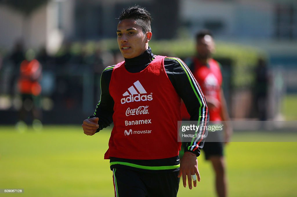 Carlos Salcedo runs during a Mexico training session at Centro de Alto Rendimiento on February 08, 2016 in Mexico City, Mexico. Mexico will face Senegal on February 10, 2016. (Photo by Hector Vivas/LatinContent