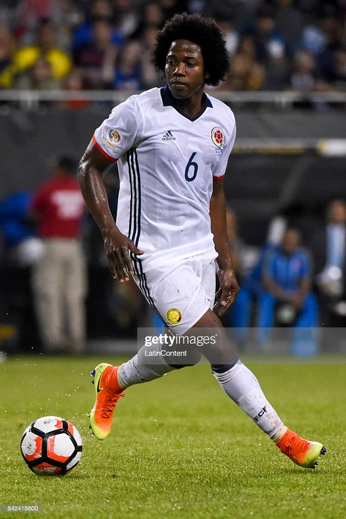 Carlos Sanchez of Colombia drives the ball during a Semifinal match between Colombia and Chile at Soldier Field as part of Copa America Centenario US...