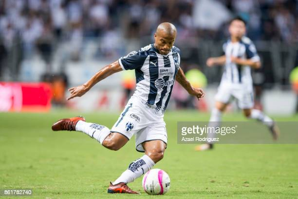 Carlos Sanchez of Monterrey drives the ball during the 13th round match between Monterrey and Pachuca as part of the Torneo Apertura 2017 Liga MX at...
