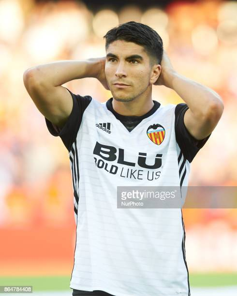 Carlos Soler of Valencia CF during the La Liga match between Valencia CF and Sevilla FC at Estadio Mestalla on october 21 2017 in Valencia Spain