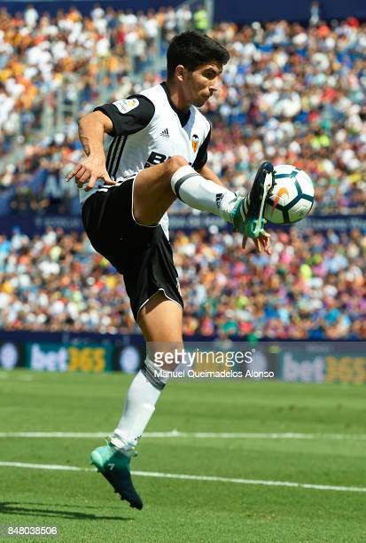 Carlos Soler of Valencia controls the ball during the La Liga match between Levante and Valencia at Ciutat de Levante Stadium on September 16 2017 in...