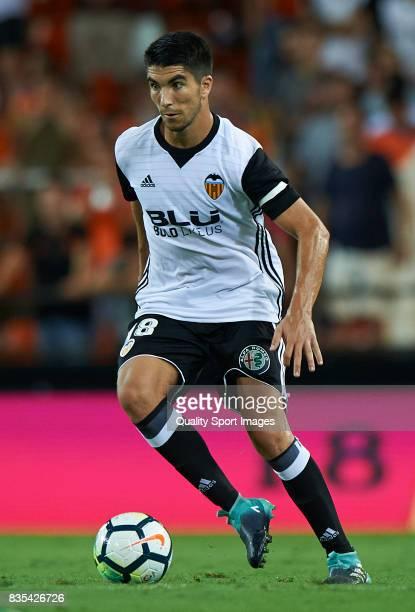 Carlos Soler of Valencia in action during the La Liga match between Valencia and Las Palmas at Estadio Mestalla on August 18 2017 in Valencia