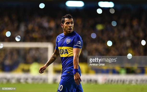 Carlos Tevez of Boca Juniors looks on during a second leg match between Boca Juniors and Cerro Porteno as part of round of sixteen of Copa...