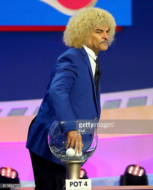 Carlos Valderrama Stock Photos And Pictures Getty Images