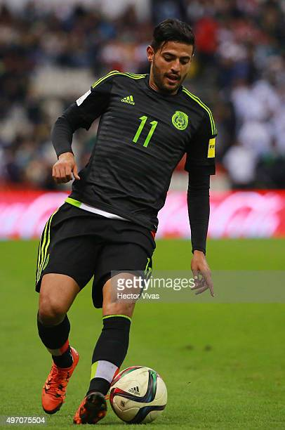 Carlos Vela of Mexico drives the ball during the match between Mexico and El Salvador as part of the 2018 FIFA World Cup Qualifiers at Azteca Stadium...