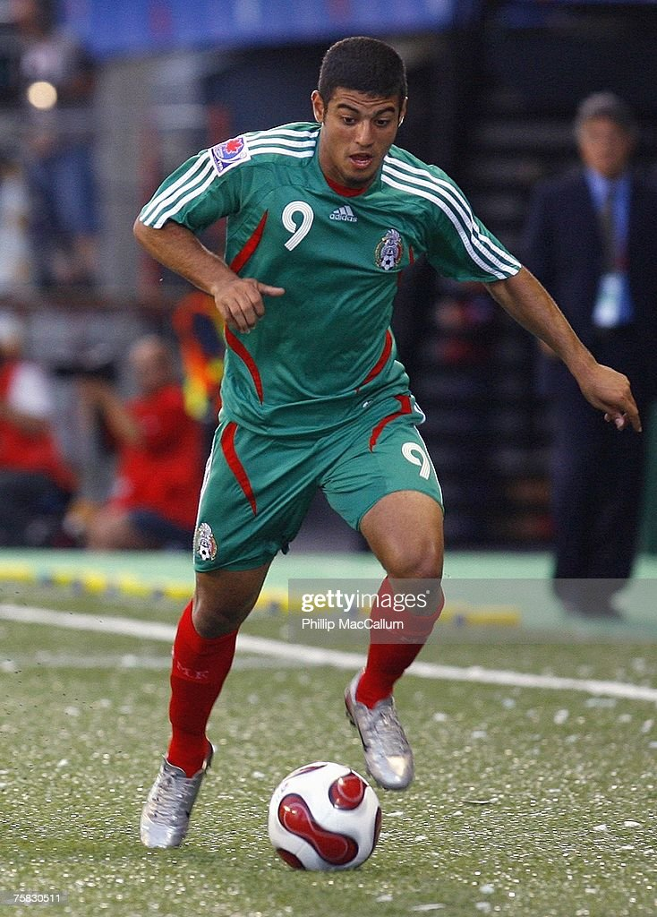 Carlos Vela #9 of Mexico moves the ball on the wing against Argentina in their quarterfinal match of the FIFA U-20 2007 World Cup at Frank Clair Stadium on July 15, 2007 in Ottawa, Ontario, Canada. Argentina defeated Mexico 1-0.