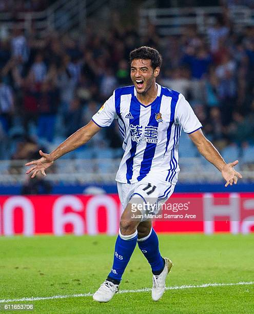 Carlos Vela of Real Sociedad celebrates after scoring goal during the La Liga match between Real Sociedad de Futbol and Real Betis Balompie at...