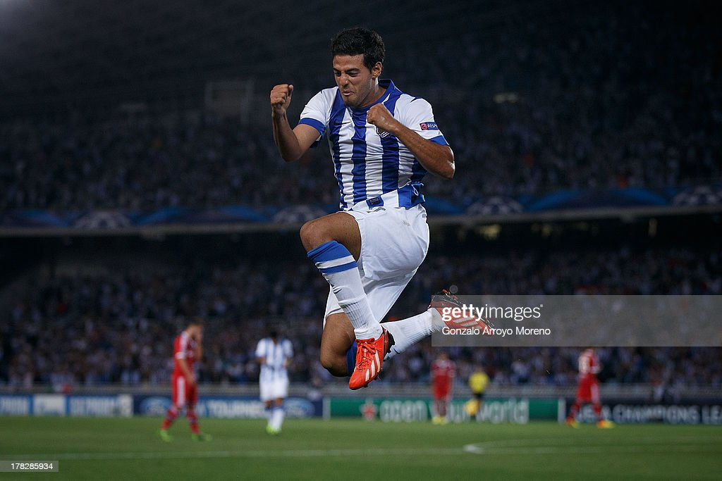 Real Sociedad v Olympique Lyonnais - UEFA Champions League Play-offs: Second Leg