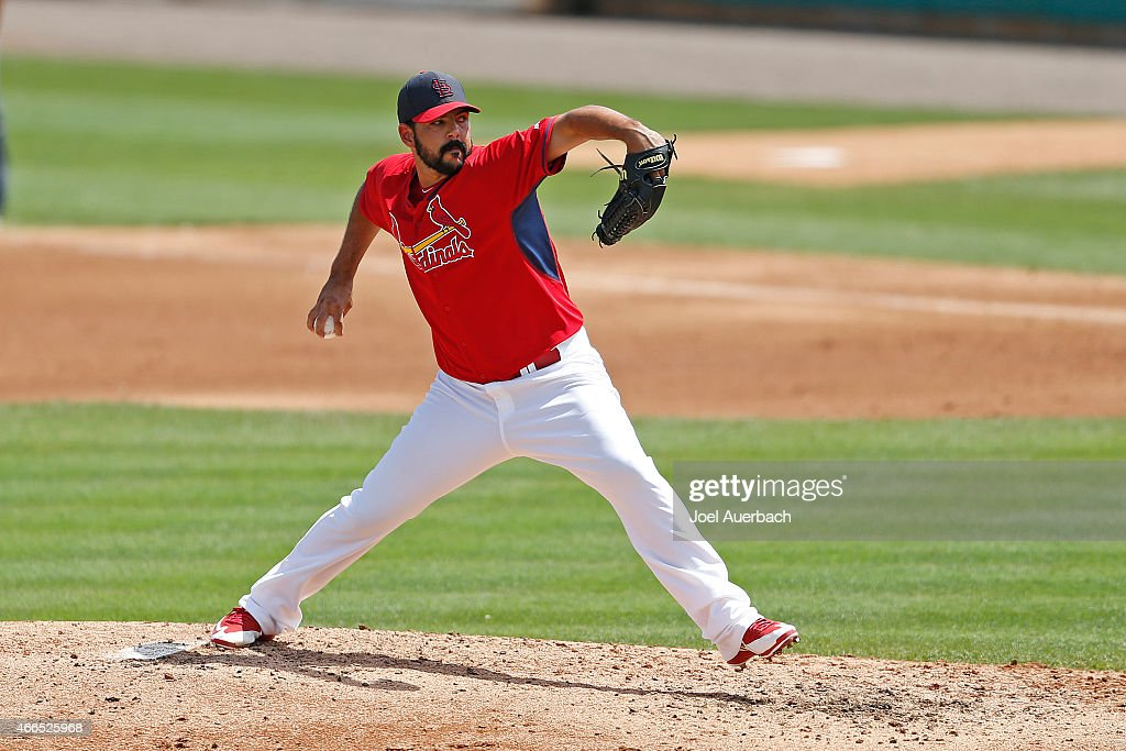 Carlos Villanueva #33 of the St Louis Cardinals throws the ball in the fifth inning against the Detroit Tigers during a spring training game at Roger Dean Stadium on March 16, 2015 in Jupiter, Florida. The Cardinals defeated the Tigers 1-0.