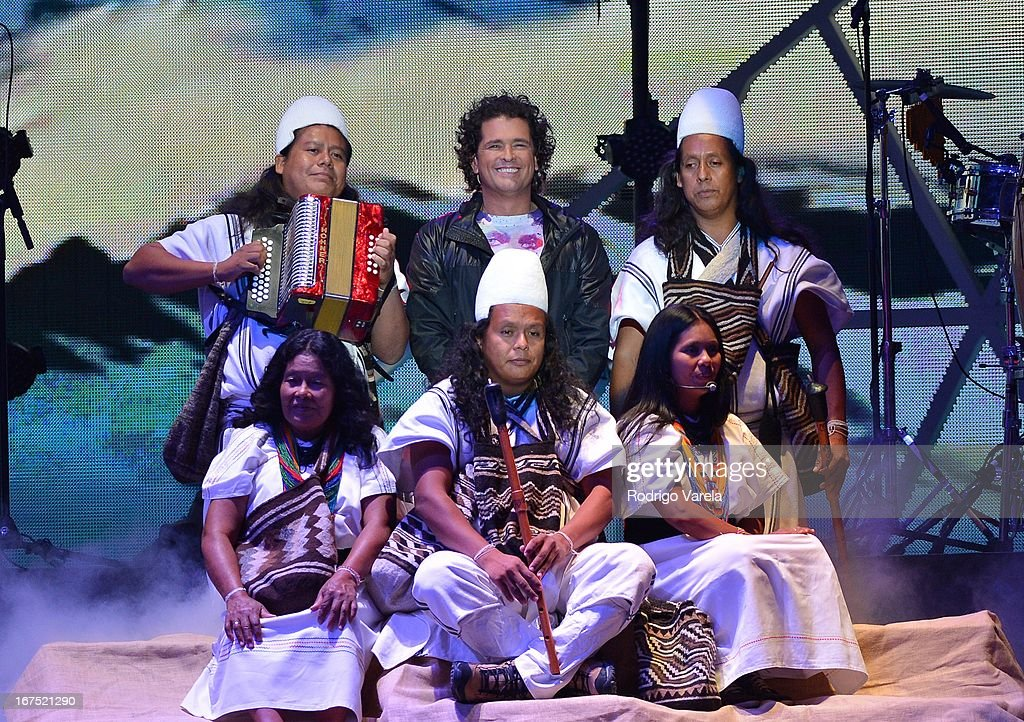 <a gi-track='captionPersonalityLinkClicked' href=/galleries/search?phrase=Carlos+Vives&family=editorial&specificpeople=235771 ng-click='$event.stopPropagation()'>Carlos Vives</a> performs at Billboard Latin Music Awards 2013 at Bank United Center on April 25, 2013 in Miami, Florida.