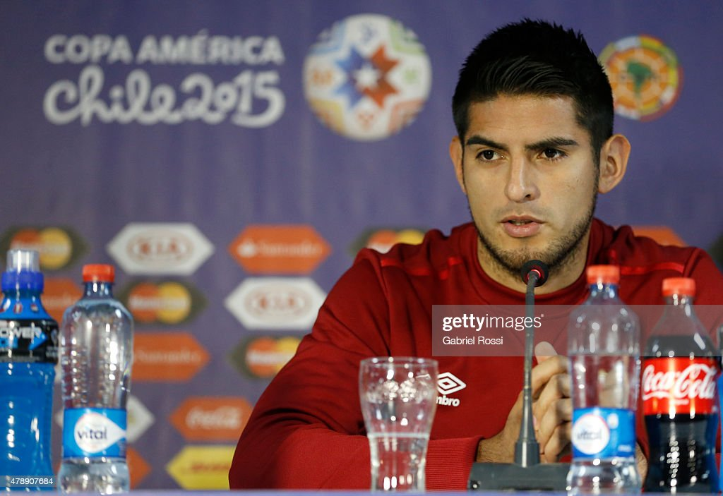<a gi-track='captionPersonalityLinkClicked' href=/galleries/search?phrase=Carlos+Zambrano&family=editorial&specificpeople=203225 ng-click='$event.stopPropagation()'>Carlos Zambrano</a> of Peru, talks during a press conference prior to the semi final match against Chile at Nacional Stadium as part of 2015 Copa America Chile on June 28, 2015 in Santiago, Chile.