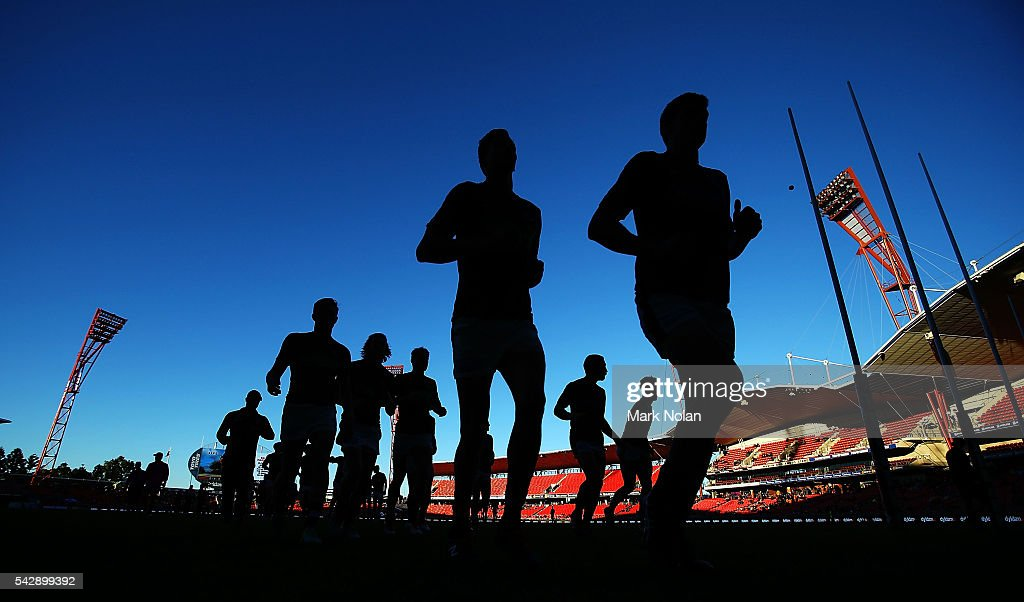 Carlton players leave the field after their warm up before the round 14 AFL match between the Greater Western Sydney Giants and the Carlton Blues at Spotless Stadium on June 25, 2016 in Sydney, Australia.