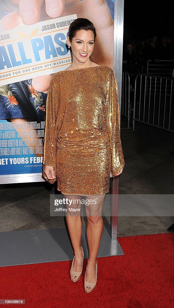 Carly Craig arrives for the Los Angeles Premiere of 'Hall Pass' at ArcLight Cinemas Cinerama Dome on February 23, 2011 in Hollywood, California.