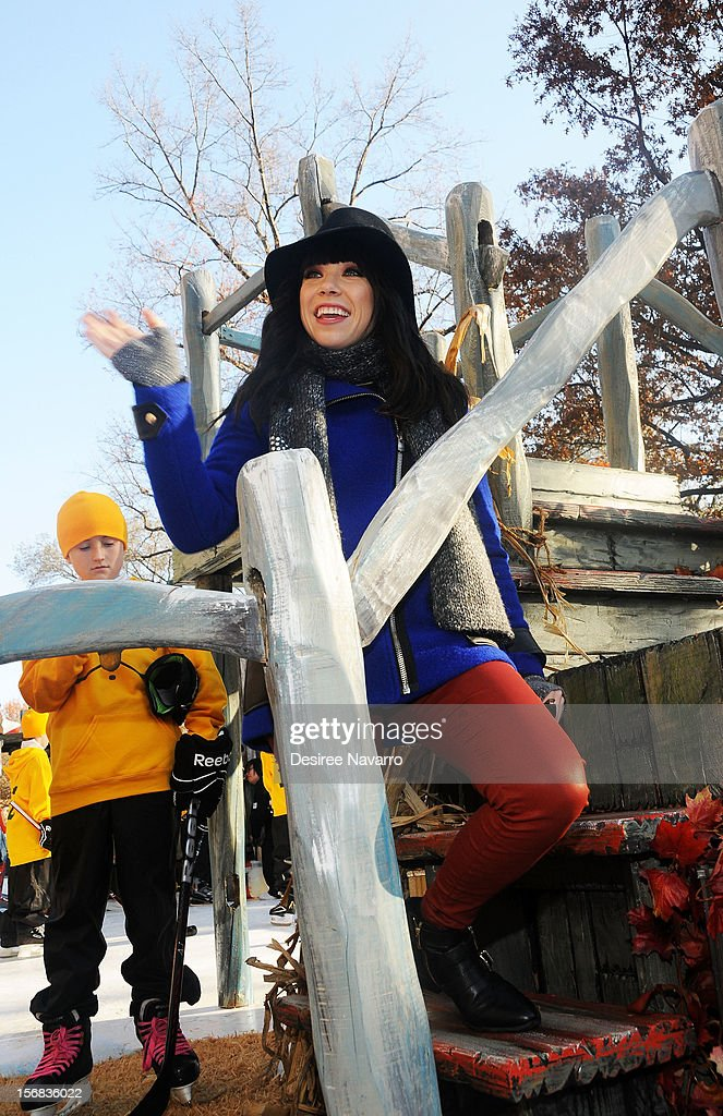 Carly Rae Jepsen attends 86th Annual Macy's Thanksgiving Day Parade on November 22, 2012 in New York City.