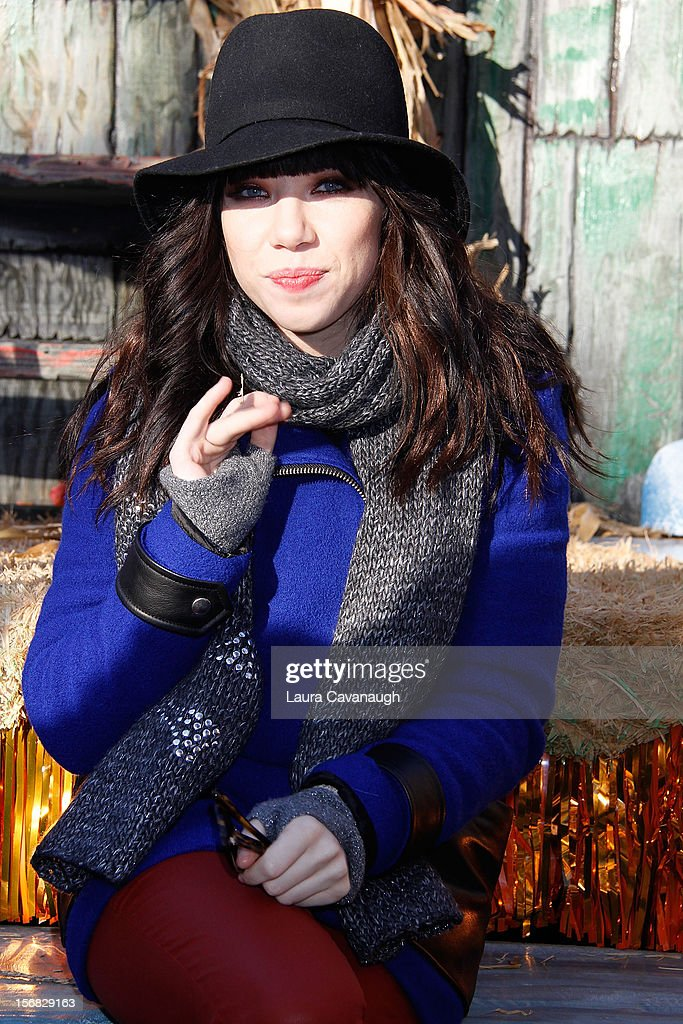 Carly Rae Jepsen attends the 86th Annual Macy's Thanksgiving Day Parade on November 22, 2012 in New York City.