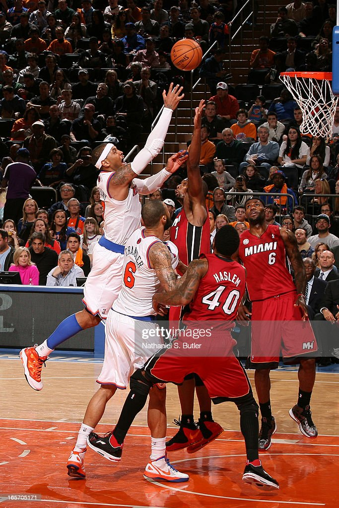 Carmelo Anthony #7 of the New York Knicks drives to the basket against the Miami Heat on March 3, 2013 at Madison Square Garden in New York City.