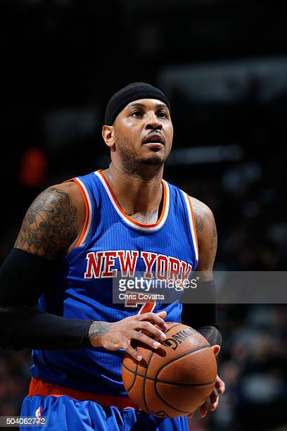 Carmelo Anthony of the New York Knicks prepares to shoot a free throw against the San Antonio Spurs on December 8 2016 at the ATT Center in San...