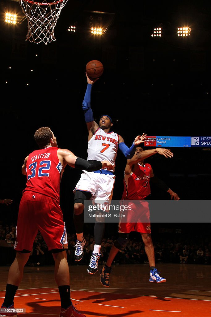 Carmelo Anthony #7 of the New York Knicks puts up a shot against the Los Angeles Clippers on February 10, 2013 in a game between the Los Angeles Clippers and the New York Knicks at Madison Square Garden in New York City.