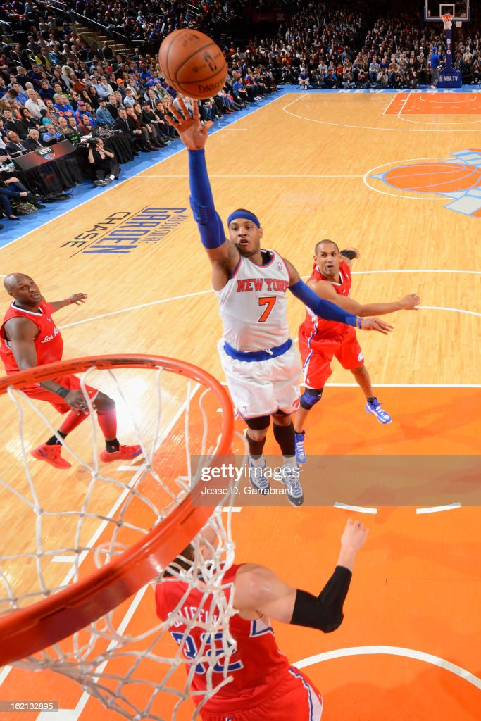 Carmelo Anthony #7 of the New York Knicks shoots against the Los Angeles Clippers on February 10, 2013 at Madison Square Garden in New York City.