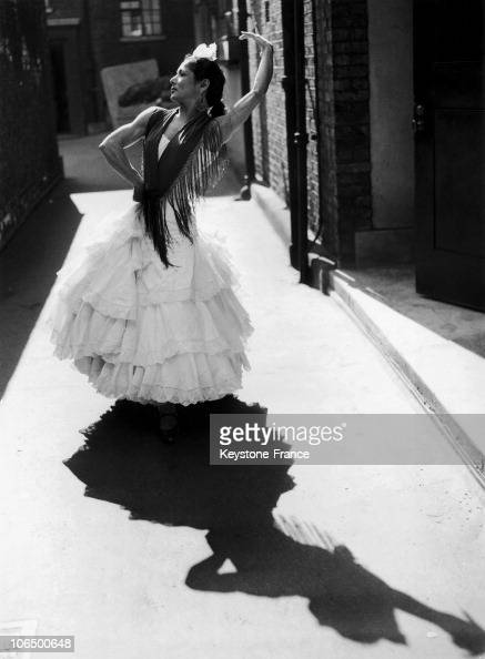 Carmen Amaya, Dancer; March 1959, London, Westminster Theater,