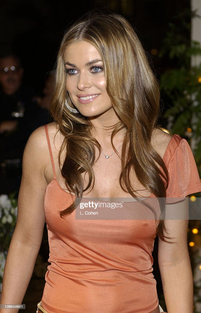 <a gi-track='captionPersonalityLinkClicked' href=/galleries/search?phrase=Carmen+Electra&family=editorial&specificpeople=171242 ng-click='$event.stopPropagation()'>Carmen Electra</a> arrives at the grand opening of Jennifer Lopez's restaurant 'Madre's' in Pasadena, California, April 12, 2002.