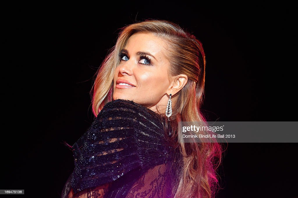 <a gi-track='captionPersonalityLinkClicked' href=/galleries/search?phrase=Carmen+Electra&family=editorial&specificpeople=171242 ng-click='$event.stopPropagation()'>Carmen Electra</a> attends the 'Life Ball 2013 - Magenta Carpet Arrivals' at City Hall on May 25, 2013 in Vienna, Austria.