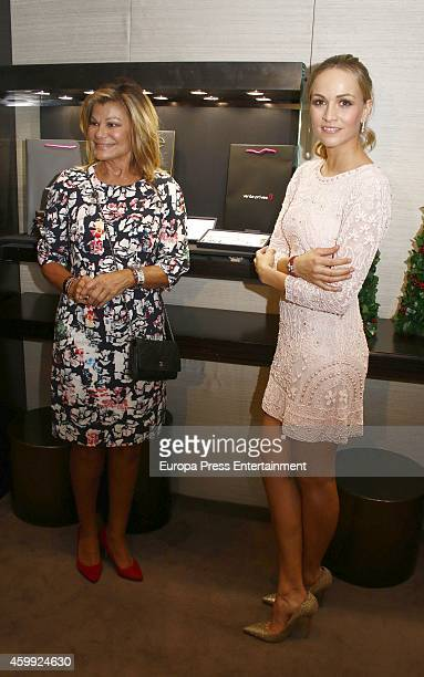 Carmen Jorda and Cari Lapique present charity bracelet By Suarez in order to raise funds for the Aladina Foundation at Suarez Jewellery shop on...