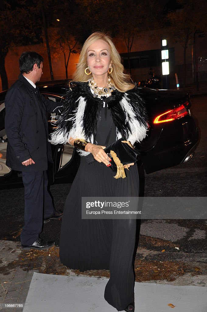<a gi-track='captionPersonalityLinkClicked' href=/galleries/search?phrase=Carmen+Lomana&family=editorial&specificpeople=5840157 ng-click='$event.stopPropagation()'>Carmen Lomana</a> arrives at Marie Claire Prix de la Moda Awards 2012 on November 22, 2012 in Madrid, Spain.