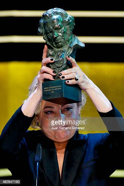 Carmen Machi holds the award for Best Actress a Supporting Role Award in the film 'Ocho Apellidos Vascos' during the 2015 edition of the 'Goya Cinema...