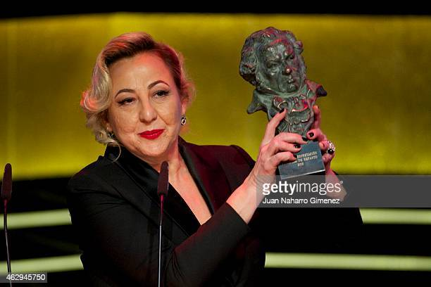 Carmen Machi holds the award for Best Actress in a Suporting Role Award in the film 'Ocho Apellidos Vascos' during the 2015 edition of the 'Goya...