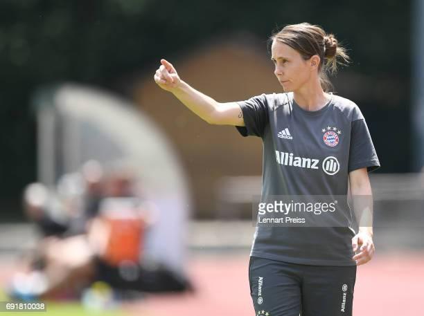 Carmen Roth head coach of FC Bayern Muenchen gestures during the B Junior Girl's German Championship Semi Final First Leg match between FC Bayern...