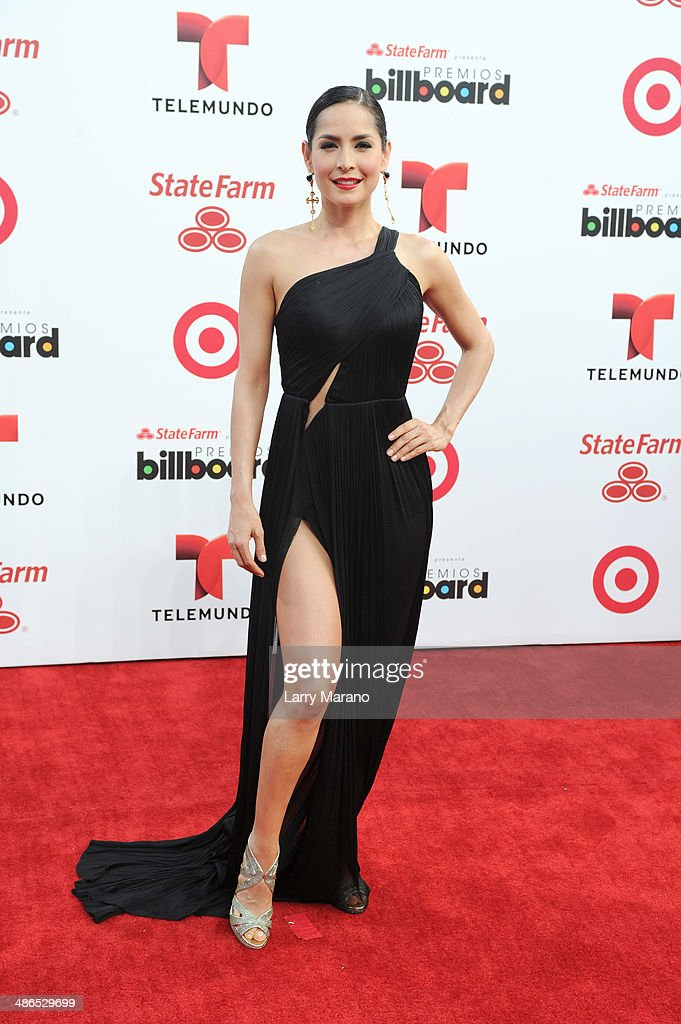 <a gi-track='captionPersonalityLinkClicked' href=/galleries/search?phrase=Carmen+Villalobos&family=editorial&specificpeople=5824359 ng-click='$event.stopPropagation()'>Carmen Villalobos</a> attends the 2014 Billboard Latin Music Awards at Bank United Center on April 24, 2014 in Miami, Florida.