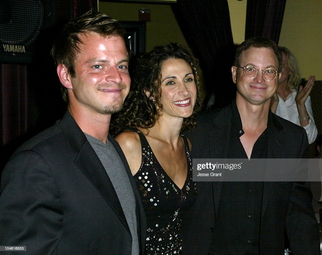 <a gi-track='captionPersonalityLinkClicked' href=/galleries/search?phrase=Carmine+Giovinazzo&family=editorial&specificpeople=225065 ng-click='$event.stopPropagation()'>Carmine Giovinazzo</a>, <a gi-track='captionPersonalityLinkClicked' href=/galleries/search?phrase=Melina+Kanakaredes&family=editorial&specificpeople=209194 ng-click='$event.stopPropagation()'>Melina Kanakaredes</a> and <a gi-track='captionPersonalityLinkClicked' href=/galleries/search?phrase=Gary+Sinise&family=editorial&specificpeople=208981 ng-click='$event.stopPropagation()'>Gary Sinise</a>