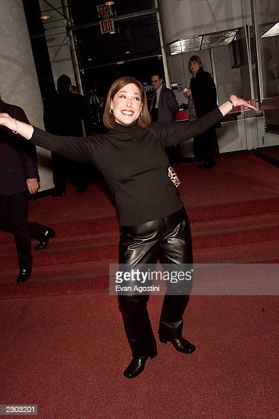 Carnie Wilson attends the 'Looking For An Echo' premiere at the Crown Gotham Theater in New York City 11/9/2000