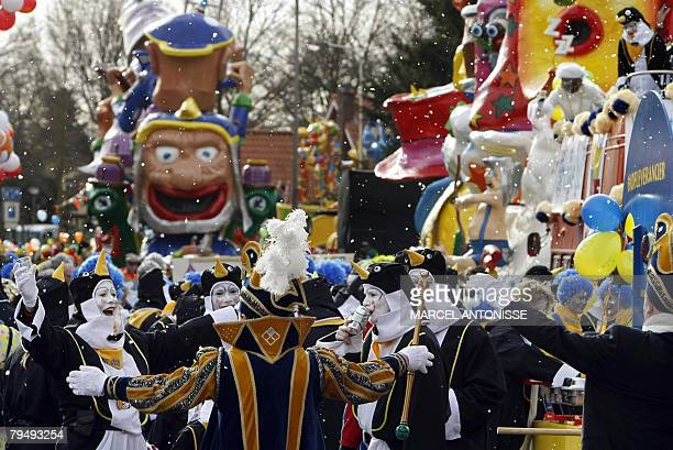 A carnival parade is moving trough the town of Oldenzaal eastern Netherlands 03 February 2008 AFP PHOTO / ANP PHOTO MARCEL ANTONISSE = netherlands...
