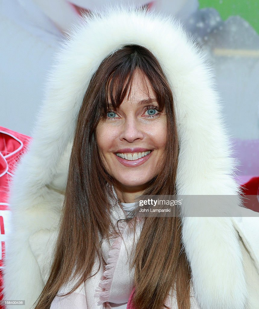 Carol Alt attends The Police Athletic League And CitySights NY Holiday Party And Toy Drive at PAL's Harlem Center on December 15, 2012 in New York City.