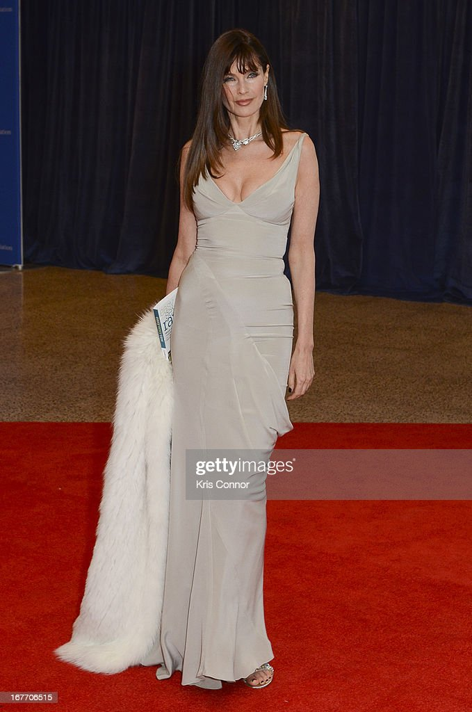 Carol Alt poses on the red carpet during the White House Correspondents' Association Dinner at the Washington Hilton on April 27, 2013 in Washington, DC.