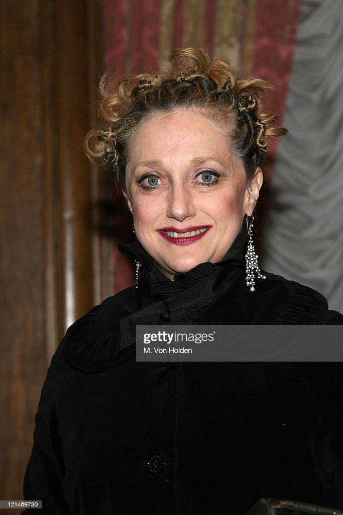 <a gi-track='captionPersonalityLinkClicked' href=/galleries/search?phrase=Carol+Kane&family=editorial&specificpeople=215175 ng-click='$event.stopPropagation()'>Carol Kane</a> during The 78th Annual Academy Awards Official New York Party at St. Regis Hotel in New York City, New York, United States.