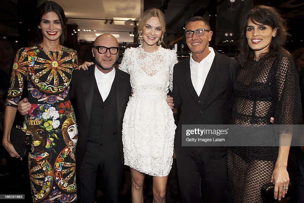 Carol Ribeiro, <a gi-track='captionPersonalityLinkClicked' href=/galleries/search?phrase=Domenico+Dolce&family=editorial&specificpeople=534808 ng-click='$event.stopPropagation()'>Domenico Dolce</a>, <a gi-track='captionPersonalityLinkClicked' href=/galleries/search?phrase=Carol+Trentini&family=editorial&specificpeople=235720 ng-click='$event.stopPropagation()'>Carol Trentini</a>, <a gi-track='captionPersonalityLinkClicked' href=/galleries/search?phrase=Stefano+Gabbana+-+Fashion+Designer&family=editorial&specificpeople=4820355 ng-click='$event.stopPropagation()'>Stefano Gabbana</a> and Cassia Avila attend the Dolce&Gabbana cocktail party on April 9, 2013 in Sao Paulo, Brazil.
