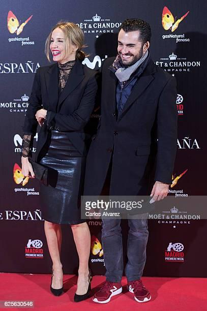 Carola Baleztena and Emiliano Suarez attend 'La Reina de Espana' premiere at Callao City Lights on November 24 2016 in Madrid Spain