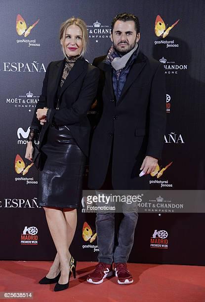 Carola Baleztena and Emiliano Suarez attend 'La reina de Espana' Madrid premiere at Callao City Lights cinema on November 24 2016 in Madrid Spain