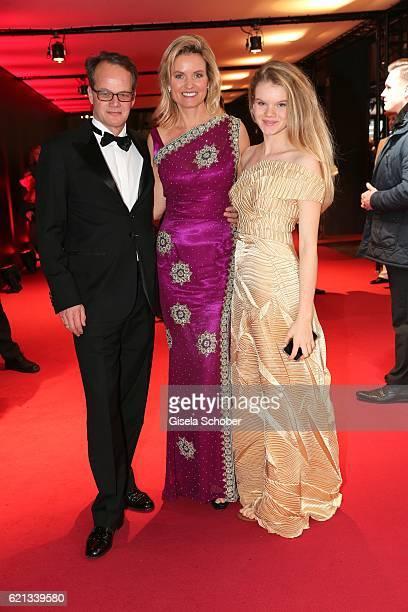 Carola Ferstl and her daughter Julia and her husband Anton Voglmaier during the 23rd Opera Gala benefit to 'Deutsche AIDSStiftung' at Deutsche Oper...