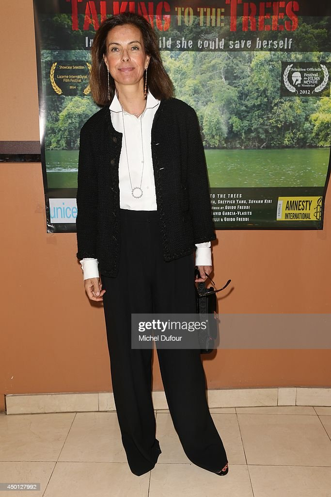 <a gi-track='captionPersonalityLinkClicked' href=/galleries/search?phrase=Carole+Bouquet&family=editorial&specificpeople=208685 ng-click='$event.stopPropagation()'>Carole Bouquet</a> attends the 'Parle Avec Les Arbres' Paris Premiere on June 5, 2014 in Paris, France.