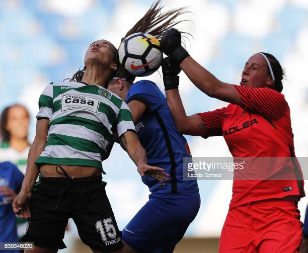 Carole Costa of Sporting CP and Reka Szocs of MTK Hungaria FC in action during the UEFA Women's Champions League Qualifying match between Sporting CP...