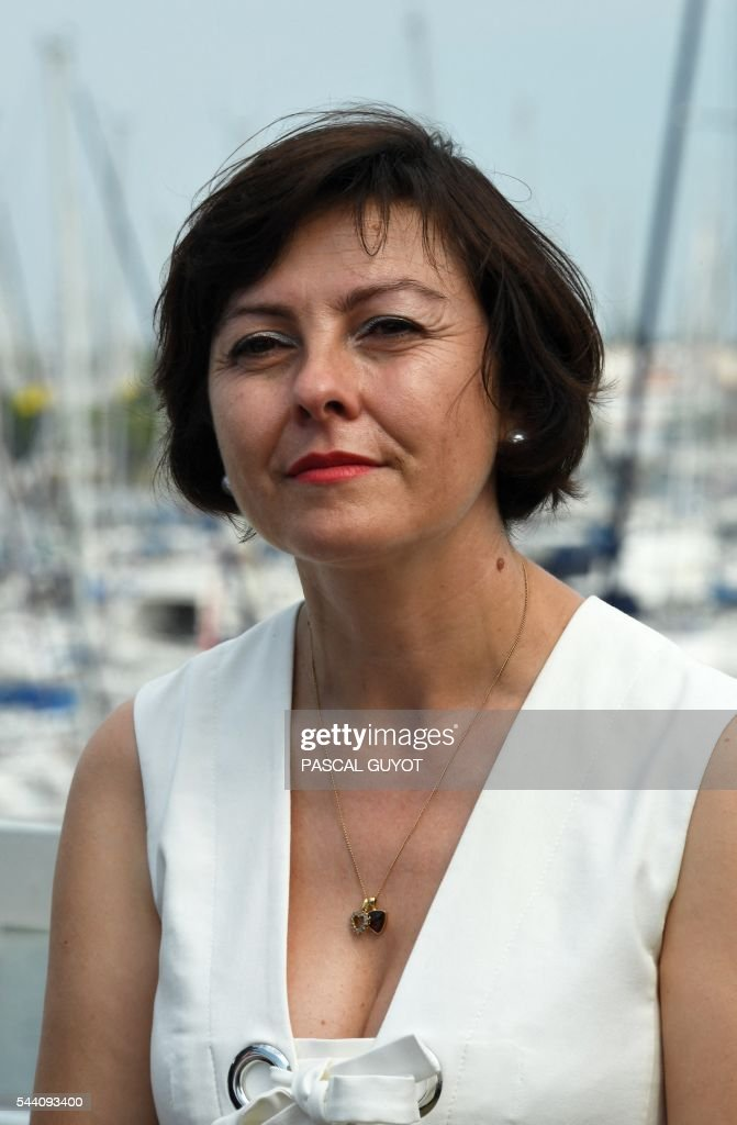 Carole Delga, president of the regional council of Occitanie, poses on July 1, 2016 in Le Grau du Roi, southern France. / AFP / PASCAL