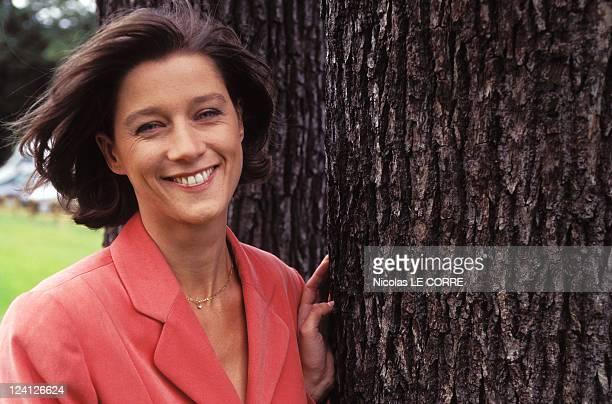 Carole Gaessler anchorwoman of 12/13 on FR3 In Paris France On June 22 1996