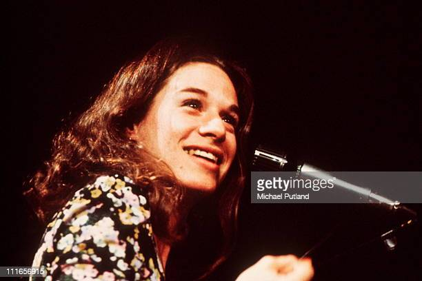 Carole King performs on stage London 1972