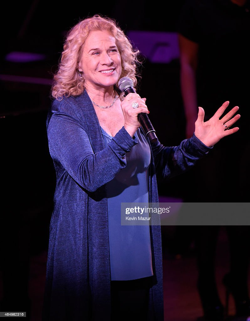 Carole King performs onstage during SeriousFun Children's Network 2015 New York Gala An Evening Of SeriousFun Celebrating the Legacy Of Paul Newman...